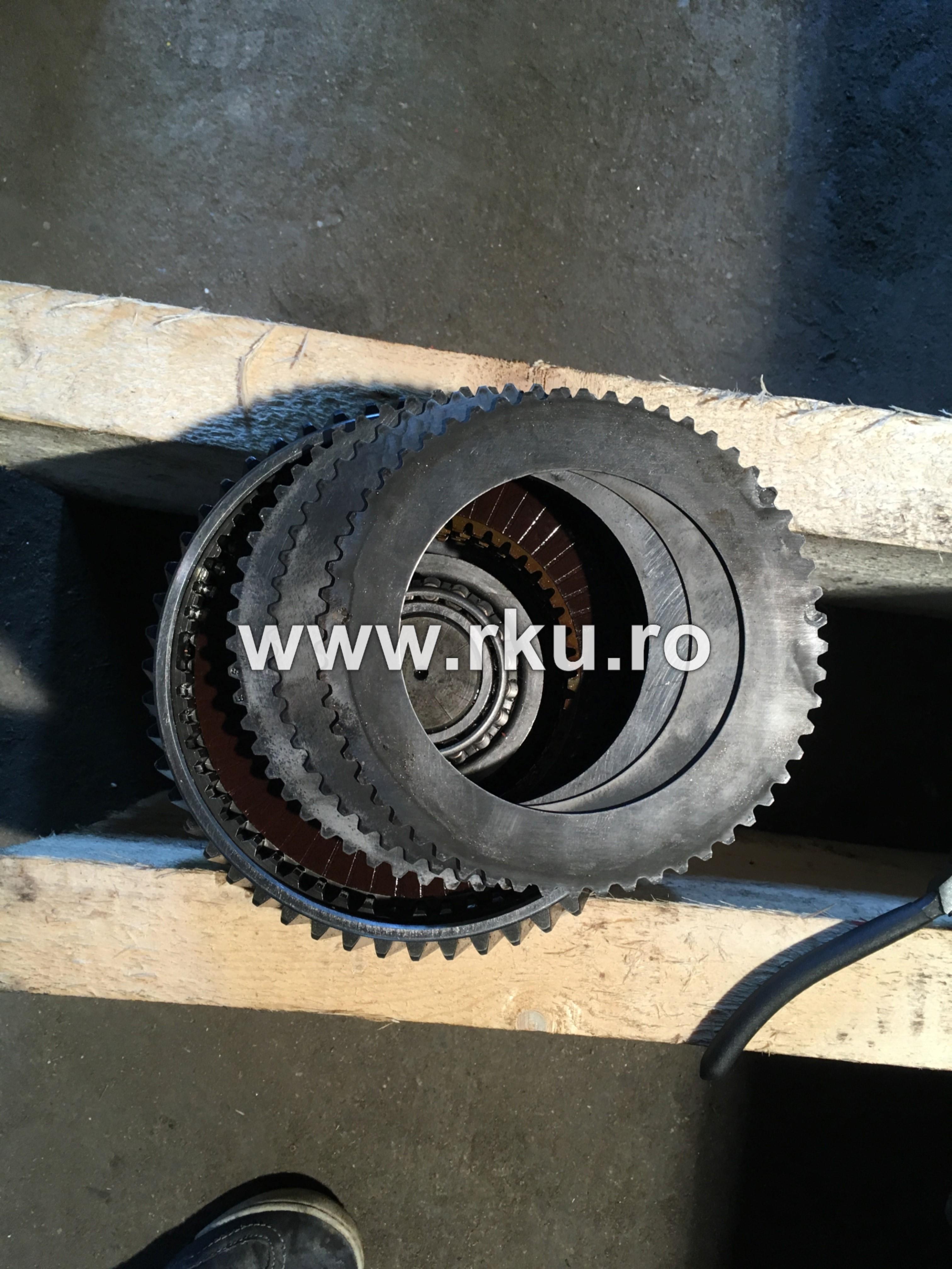 disc frictiune buldoexcavator JCB 4CX