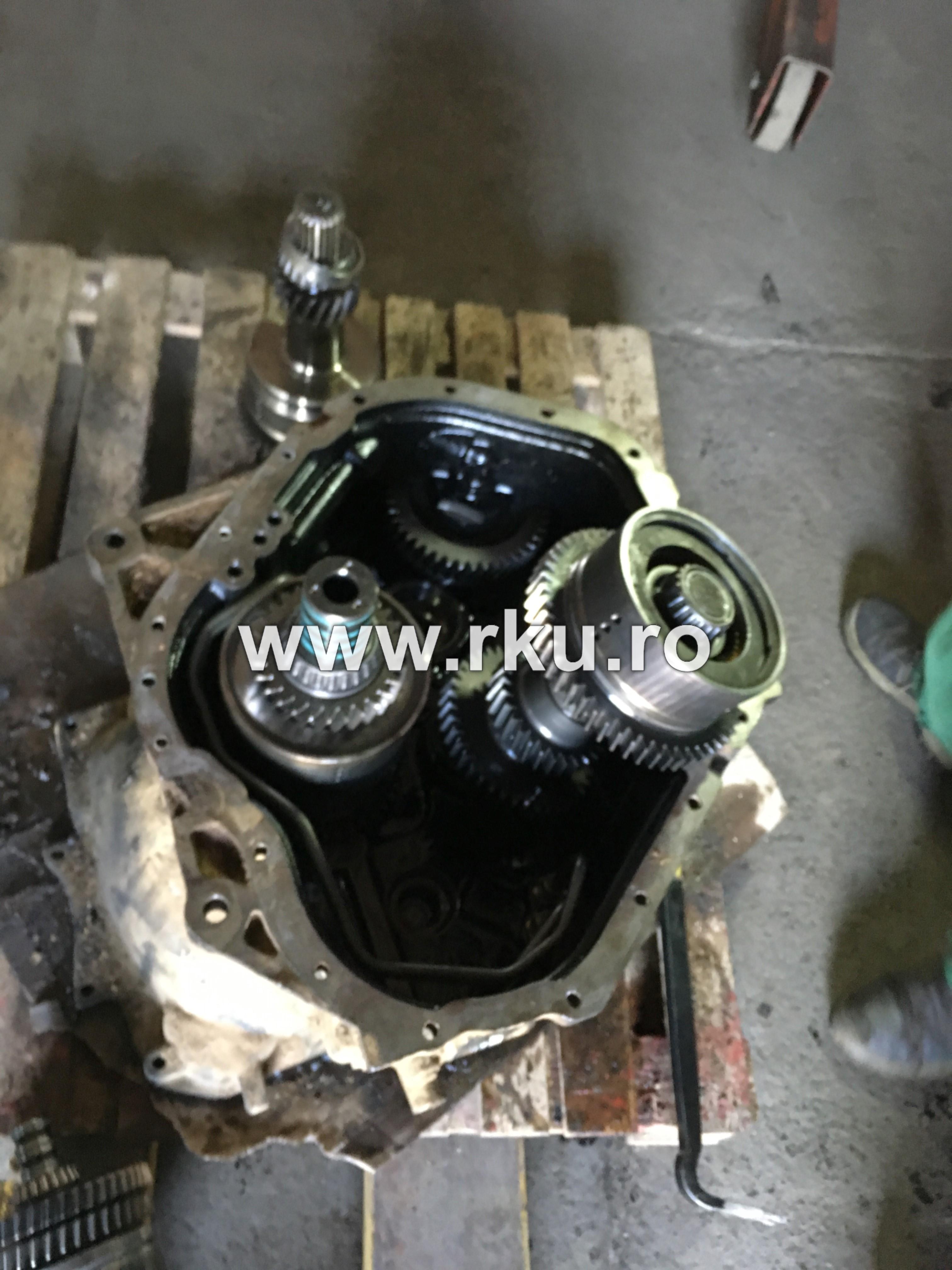 reparatie cutie de viteza buldoexavator JCB 4CX